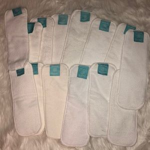 Other - NEW Charlie banana cloth diaper inserts bundle